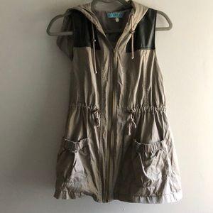 Hooded Cargo Vest